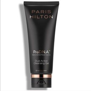 Pro D.N.A.   Dual-Action Cleansing Gel